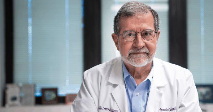 Dr. Cabanillas: Tercera dosis ayudará al sistema inmune a defenderse contra las variantes