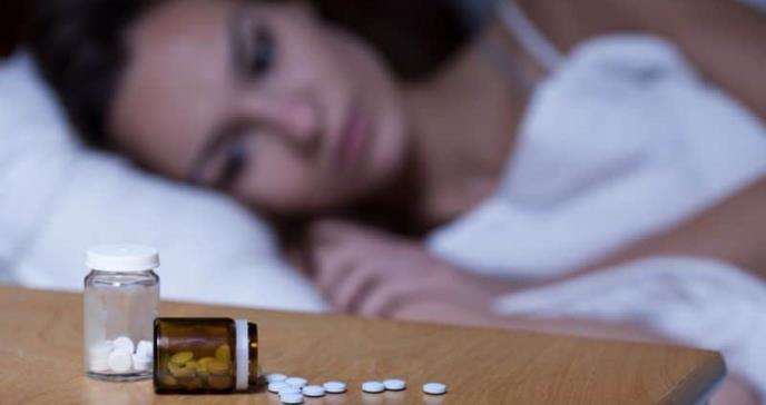 Remedios contra el insomnio: ¿son útiles los suplementos para dormir?