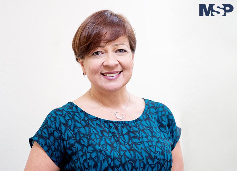 Dra. Ángela Díaz