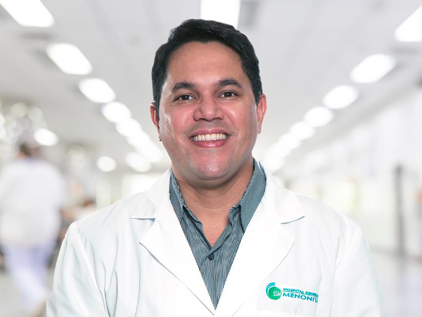 Dr. Francisco Perez Gil, electrofisiólogo del Centro Episcopal San Lucas.